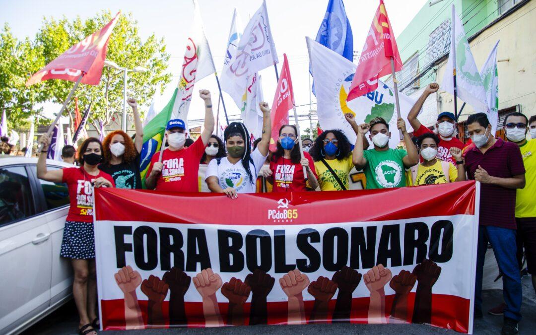 Fortaleza: manifestação percorre bairros contra Bolsonaro